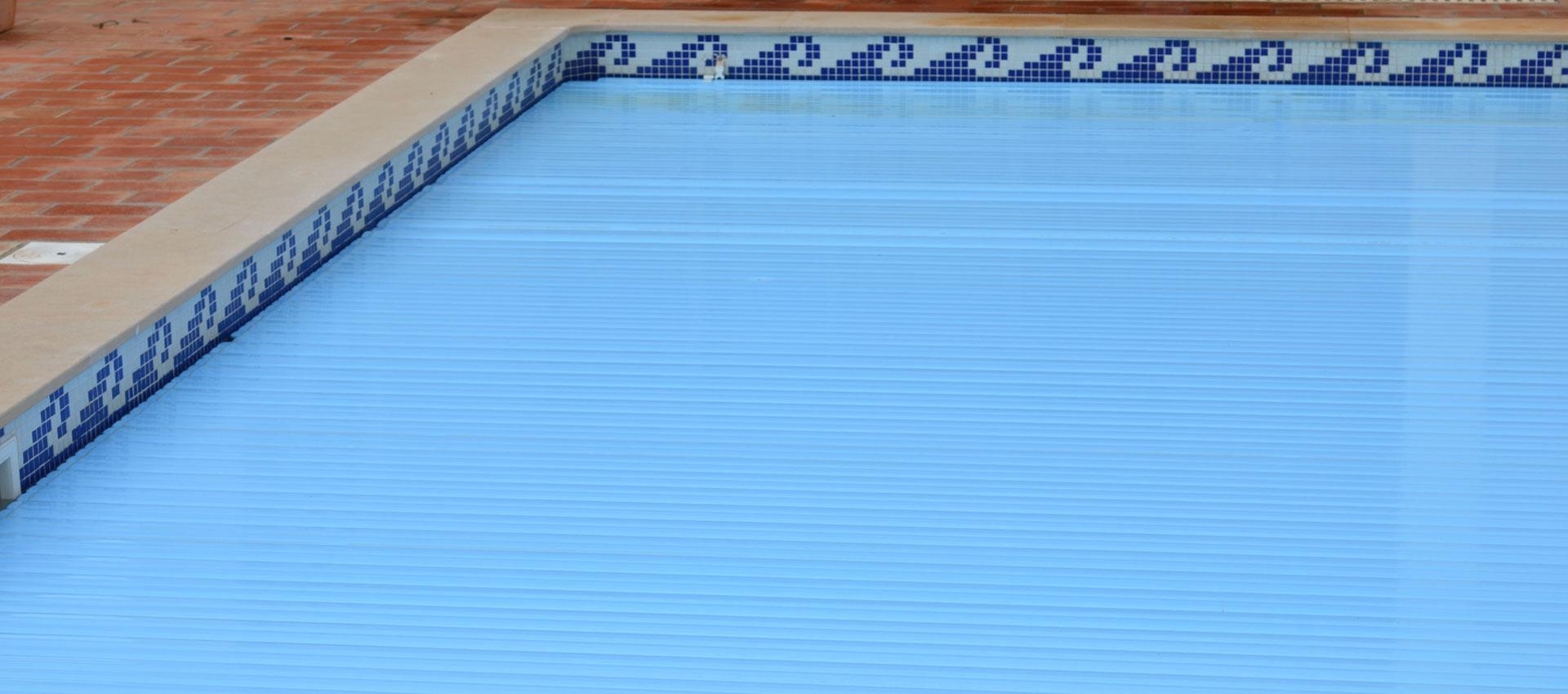B che de s curit piscine fabriqu e dans nos ateliers en for Prix changement liner waterair